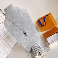 Meisterdesign Neue Zirkon Silber Flasche Brief Halskette Männer und Frauen Mode Persönlichkeit Halskette Geburtstagsgeschenk