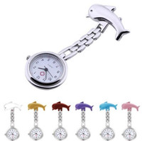 Moda Dolphin enfermera aleación relojes clip-on colgante médico bolsillo reloj broche doctor cuarzo temporizador colorido dibujos animados diseño de enfermeras relojes