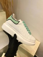 Platform Kanye Siyah Erkek Bayan Chaussures Ayakkabı Güzel Platformu Rahat Sneakers Lüks Tasarımcılar Ayakkabı Deri Katı Renkler Elbise Ayakkabı