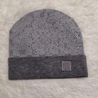 2021 Moda Yüksek Kaliteli Beanie Unisex Örme Şapka Örme Şapka Klasik Spor Kafatası Şapka Bayanlar Rahat Açık
