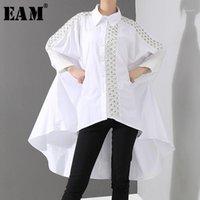 [eam] المرأة الأبيض عودة طويلة الجوف خارج حجم كبير بلوزة جديد طية صدر السترة طويلة الأكمام فضفاضة تناسب قميص أزياء ربيع الخريف 2020 JQ1501