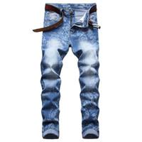 Erkekler Slim Fit Yırtık Kot Moda Düz Bacak Streç Baskılı Biker Denim Pantolon Erkek Mavi Düzenli Pantolon Büyük Boy D672