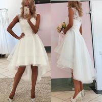 2021 High Niedrige Brautkleider Spitze Applique Pailletten Tüll Tiered Rock SCOOK Hals Strand Hochzeitskleid Custom Made Vestido de Novia