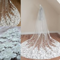Luxurious Bridal Veils Lace Appliques Beads Cathedral Wedding Shawl Custom Made Bridal Long Tulle Veil Wedding Accessories Popular Shawl