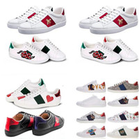 2021 Klasik Erkek Kadın Rahat Ayakkabılar Eğitmenler Python Aşk İşlemeli Beyaz Deri Sneakers Ayakkabı En Kaliteli Kutusu