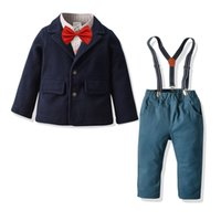 İngiltere Boys 1. doğum günü kıyafetler çocuklar Kravat uzun kollu gömlek + yünlü montları paltoları + pantolon 3adet setleri çocuk askı beyefendi setleri A5107