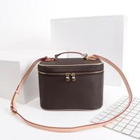 Vanity Bick BB PM Bella mini borsa da borsetta da donna da donna in pelle bovina cuoio vanità custodia a tracolla borse cosmetici M44496 M44495 M42265