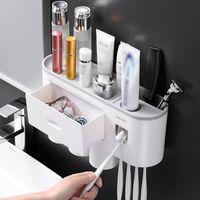 Supporto per lo spazzolino da denti magnetico Accessori da bagno Automatico Automatico Dentifricio Dentifricio Squeezer Dispenser Householes Storage Portabicchiere LJ200904