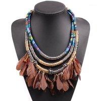 Chokers Bunte Lätzchen Multi Layer Seilkette Feder Halskette Legierung Metallkreis Anhänger Handgemachte Vintage Ethnic Für Frauen1