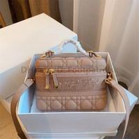 최고의 럭셔리 디자이너 일반 편지 여성 양동이 패션 Drawstring 가방 금속 다이아몬드 격자 정품 가죽 패션 세련된 가방