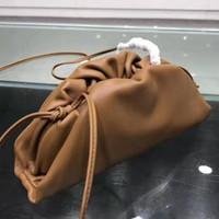 2020 새로운 브랜드 패션 Womens 핸드백 크로스 바디 럭셔리 디자이너 가방 작은 샹 yun 가방 여자 배낭 송아지 가죽 소재 멀티 - 컬러