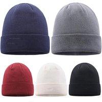 مصمم القبعات حزب القبعات الأزياء محبوك قبعة الشتاء الدافئة الصوف قبعة 5 اللون مع شعار محبوك القبعات XD24157