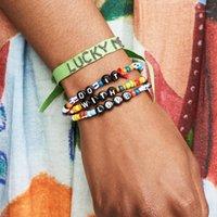 Perlen, Strangs Trendy 3 stücke pro Einheit, Liebe mit englischem Brief Armband Dehnbare Größe Glasperlen für Frauen Freundschaft Schmuck