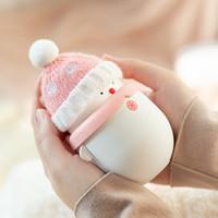 CALIENTE MANOS TESORO CARGANDO DUAL MINI POR POR PORTE PRINCIPIO CALIENTE USB Muñeco de nieve con regalos de Navidad