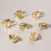Goldene 26 Buchstaben Öffnung Ring Hohl A-Z Buchstaben Metall Charm Gold Farbe Einstellbare Ring Modeschmuck Geschenke für Männer Frauen1