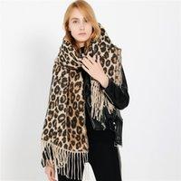Pour des conceptions d'épaisseur de foulard femme couverture hiver hiver dame dame châles et enveloppement animal de léopard print de cacheme de cacheme pashmina Foulard