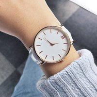 Moda de alta calidad 2020 Moda Señoras Simple Ladies Señoras Casual Cuero Cuarzo Reloj Reloj de Reloj Femenino Simple