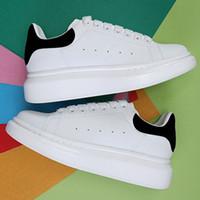 Güzel Plat-Form Siyah Kadife Beyaz Yansıtıcı Çok Renkli Moda Ayakkabı Gümüş Pullu Lazer Parti Porm Düz Erkek Kadın Rahat Sneaker