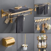 Conjunto de accesorios de baño Dorado cepillado Hardware Hardware Hardware Cepillo de inodoro Espacio Espacio de toalla de aluminio Toalla Estante Tisú de pared Caja de la esquina Shelf1