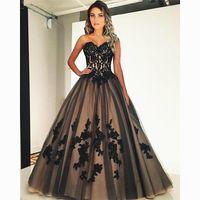 Schwarz und Champagner Eine Linie Brautkleider 2021 Chic Spitze Applique Sweetheart Bride Robe de Marige