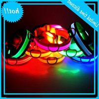 LED Nylon Collar Dog Cat Harness Lamped Light Up Night Safety Pet Collars Multi Color XS-XL Taglia Accessori per Natale