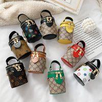 9 Stil Kinder Handtaschen Brief Drucken Designer Mini Prinzessin Geldbörse Umhängetaschen Kinder Mädchen PU Messenger Bag Gold Kette Taschen Weihnachtsgeschenk