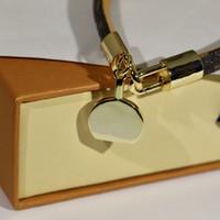 Diseño único Pulseras de cuero Pulsera de flores retro Moda Tendencia Pulsera Pulsera de acero inoxidable de alta calidad Suministro de joyas