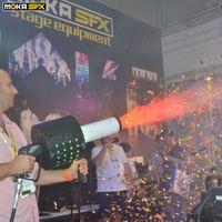 New LED CO2 Confetti Blaster CO2 jet Machine Confetti Gun Manual Control Confett Machine Wedding Party Concert