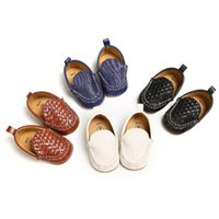 2021 новая мода мягкие нижние младенцы мальчики девушки мокасины обувь новорожденных сплошной кожи детские случайные детские мокасины
