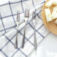 Paslanmaz Çelik Tatlı Kek Meyve Çatal Ev Sofra Tatlı Çatal Ayna Tasarım Kalınlaşmak Otel Mutfak Pürüzsüz Kolu Çatal CCD3388