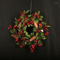 Decorações de Natal Árvore de Natal Porta de parede Decoração Festa Home Ornamento Artificial Vermelho Fruta Pine Cone Grinalda Garlands Plants1