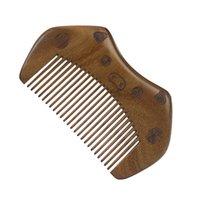 Frete Grátis Sandalwood Pente Personalizado Seu logotipo Beard Pente personalizado Combs Laser gravado pente de cabelo de madeira 139 J2