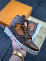 Erkek Yüksek Üst Trail Dalfskin Sneaker Kauçuk Taş Deri Mans Luxurys Tasarımcılar Sneakers Eğitmenler Runner Deri Eski Çiçek Dantel-Up Ayakkabı