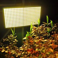 Быстрая доставка 300W Square Full Spectrum LED выращивает свет Белый без шумополитенного завода Светлая Большая область освещения CE FCC ROHS