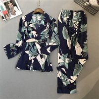 LISACMVVEL Patrón de impresión de primavera Mujer Pijama Set Rayon Sleepwear Pantalones de manga larga Dos traje de papel 201133