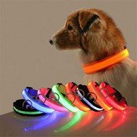 أدى النايلون كلب طوق الكلب السلامة الليلية أدى ضوء اللمعان المضادة للخسارة / حادث سيارة تجنب طوق S-XL أضواء الحيوانات الأليفة الياقات YYS2645