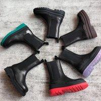 Luxurys Desadeshion Factory Foot Wear Mulheres Inverno Botas para fora Sapatos De Porta Bootsies Mulheres Sapatos Designer Boots 42 Big Size Designer Botas