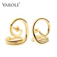 Varole Nuevo estilo simple Coreano Líneas retorcidas de color dorado Pendientes de aro para mujer Pendientes plateados Pendientes Joyas al por mayor