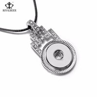 Royalbeier Love Block Pulsanti Snap Pulsanti Pendente Collane Fit 18mm Snaps Collana in pelle fai da te Charms Charms Gioielli per le donne Collier