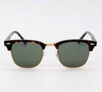 Gafas de sol de hombres clásicos de primera calidad NUEVO Masculino fresco Conducción Gafas de sol Conducción Gafas de Sol Shades con caja