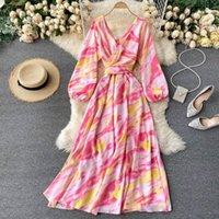TEEUIEAR V COU CL TIE-DYE Imprimer Bandage automne Maxi Longue Robe Vestido de Festa Femmes Élégante Tunique Tunique Casual Plage Dress1
