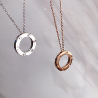 Ano novo de luxo Aço inoxidável jóias anel colar seis unhas sem diamante amor colar pingente luxo moda selvagem perfeita duas cores