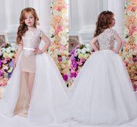 Único Beach Wedding Flor Meninas Vestidos Crianças Destacável Train Bainha Longa Primeira Comunhão Vestido Appliced Junior Dama de Promoção 2017