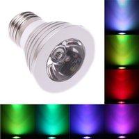Vente chaude E27 3W 85V-265V Télécommande 16-Color Dimmable LED Spotirlight Nouveau et haute qualité LED Spotlights Haute luminosité Éclairage