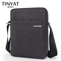Borse a tracolla di Tinyat da uomo Borse Canva per uomo 9.7'Pad Casual School School Slipping Bag Business Uomo Crossbody Bag Grey Uomo