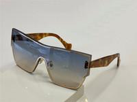 Yeni Moda ve Popüler Tasarım Güneş Gözlüğü 40041U Tek Parça Kedi Göz Tam Çerçeve Çerçeve Kadın Charm Moda Stil En Kaliteli