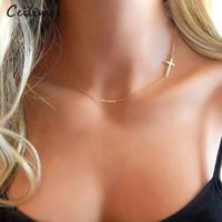 Simple Gold und Silber-Farben-Kreuz-Halskette für Frauen Bohemian Edelstahl Kurz Claviclekettenhalskette Sommer Schmucksache-Kragen
