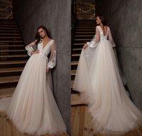 2021 Spitzenland Brautkleider mit langen Ärmeln sexy tiefe V-Ausschnitt offener Gartenböhmische Brautkleider
