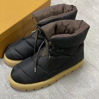 Novas mulheres travesseiro plana para baixo sapatos plataforma de neve bota leve luz de fundo de inverno conforto outdoor sapatos lace-up tornozle botas com caixa 265
