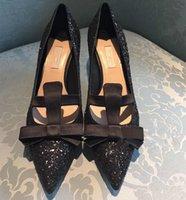 Gorąca sprzedaż-srebrna seksowna ślubna buty ślubne damskie Bling Bling Cekiny Decor Bowtie Sited Toe Glittey Kitten szpilki Pompy